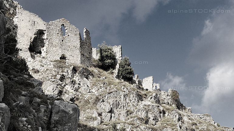 Rocca Sparviera ghost village  alpes maritimes lower part