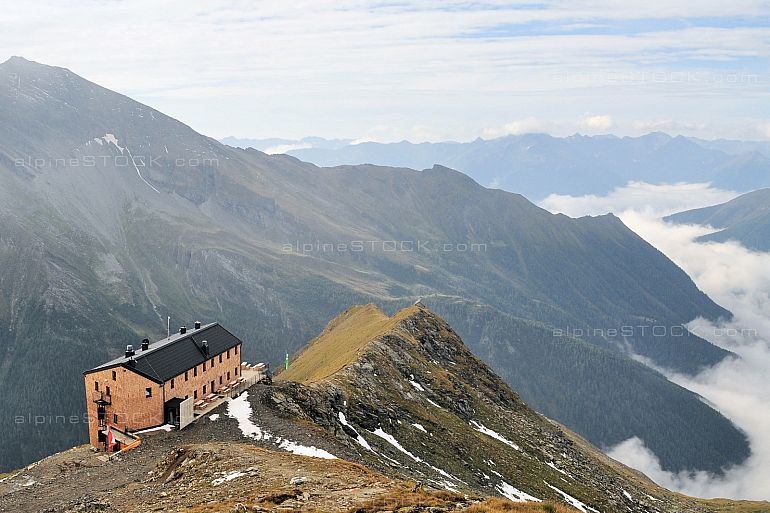 mountain hut Hannoverhaus in the austrian alps