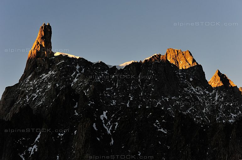 Dent du Geant Aiguille de Rochefort Abendlicht evening light