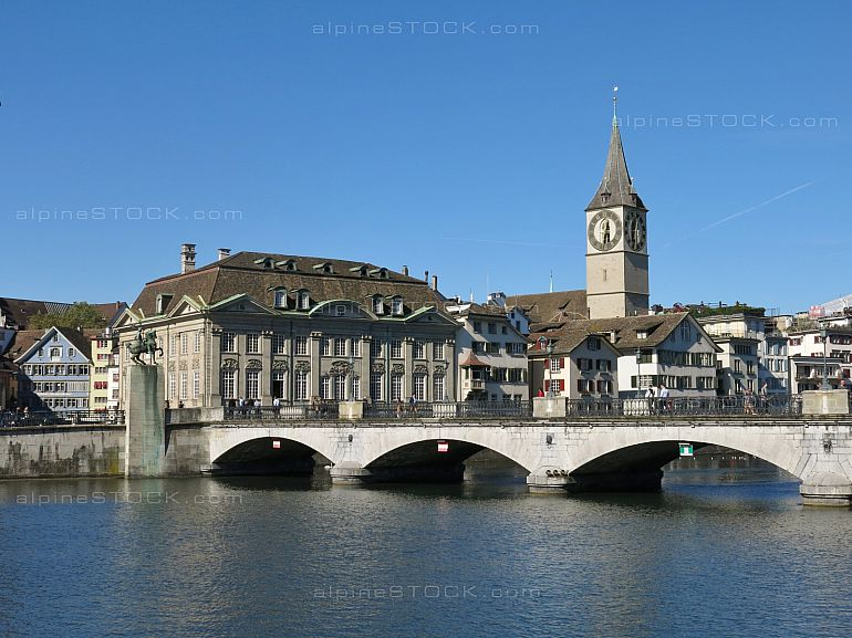 Fraumuenster and old Münsterbrücke in Zurich