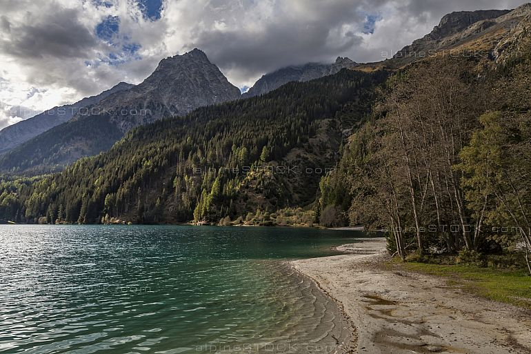 Antholzer See in Suedtirol