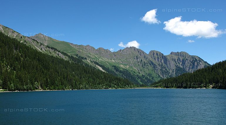 Lake Arnensee and mountains, scene near Gstaad