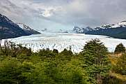 Perito Moreno glacier with rainbow