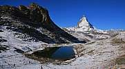 Lake Riffelsee and Matterhorn in autumn