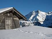 Hut and mountain in the Bernese Oberland