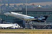 Embraer EMB-135BJ Legacy 600, 9H-IMW Take-Off