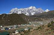 Khumjung, Sherpa village in the Everest National Park